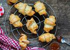 Rogaliki z ciasta francuskiego, czyli przepis na szybką i smaczną przekąskę do kawy