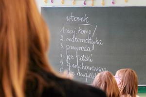 """""""Boję się szkoły i nauczycieli. Zakompleksionych, zmanierowanych i często niedokształconych"""" [FELIETON]"""