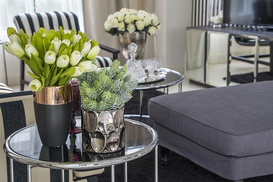 Idealny wazon do salonu