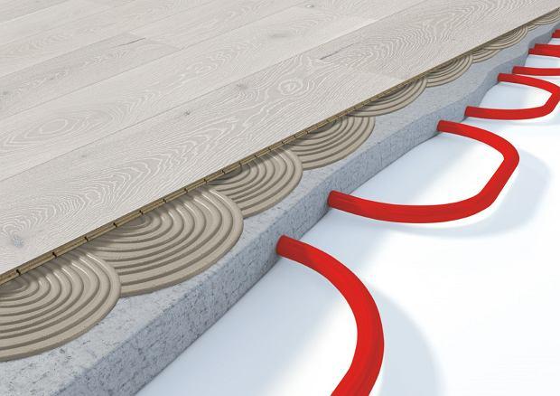 Deska warstwowa na ogrzewaniu podłogowym