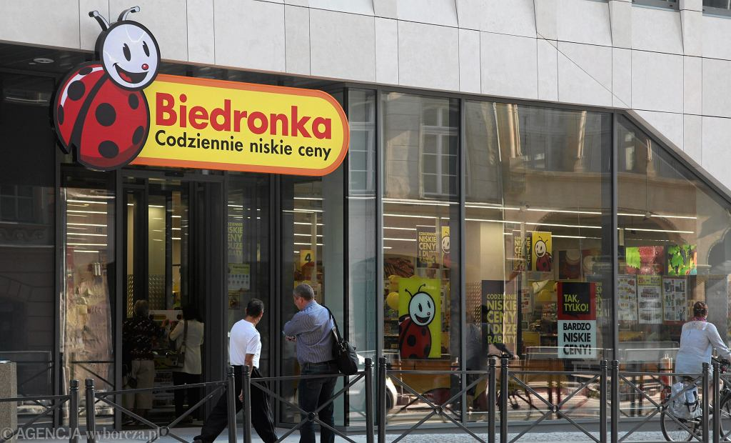 Sklep Biedronka (zdjęcie ilustracyjne)