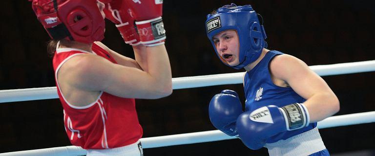 Dramatyczne sceny w Kielcach. 19-letni bokser walczy o życie po walce podczas MMŚ