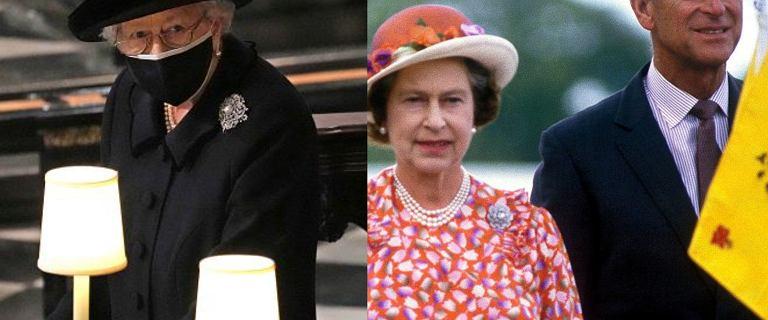 Królowa Elżbieta podczas pogrzebu miała przy sobie dwie pamiątki po mężu