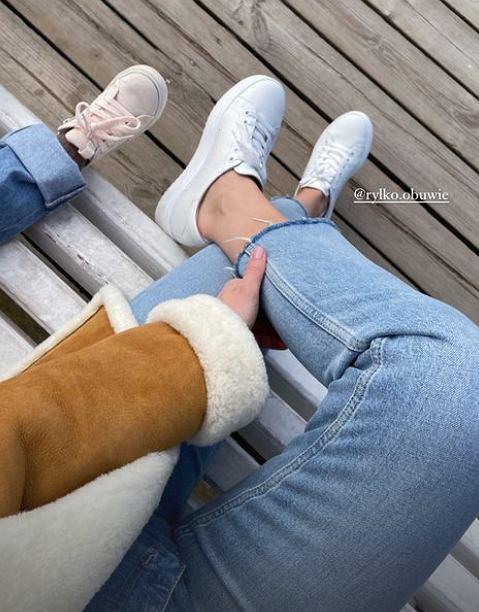 Kasia Tusk zachwyca w modnych butach. To must have każdej kobiety. Wiemy, gdzie je kupiła
