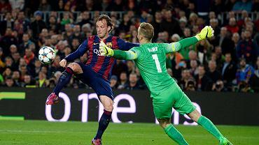 <b>Ivan Rakitić</b> strzela jedynego gola spotkania. Ślicznie przerzucił piłkę nad Hartem. W drugiej połowie Sergio Aguero zmarnował rzut karny
