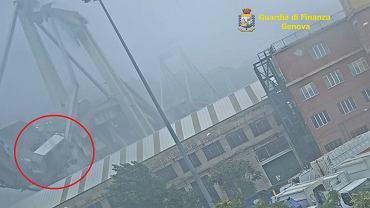 Nowe nagranie z zawalenia się mostu Morandi w Genui