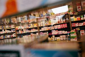 W aptekach brakuje leków, w tym przeciwzakrzepowych i insuliny. Winna mafia lekowa?