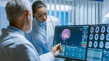 Nowe badania pokazują, że COVID-19 zmienia objętość istoty szarej w mózgu