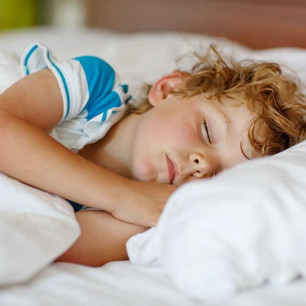 Wtorne Utoniecie Dziecko Wyglada Na Zmeczone Myslisz Ze Zasypia