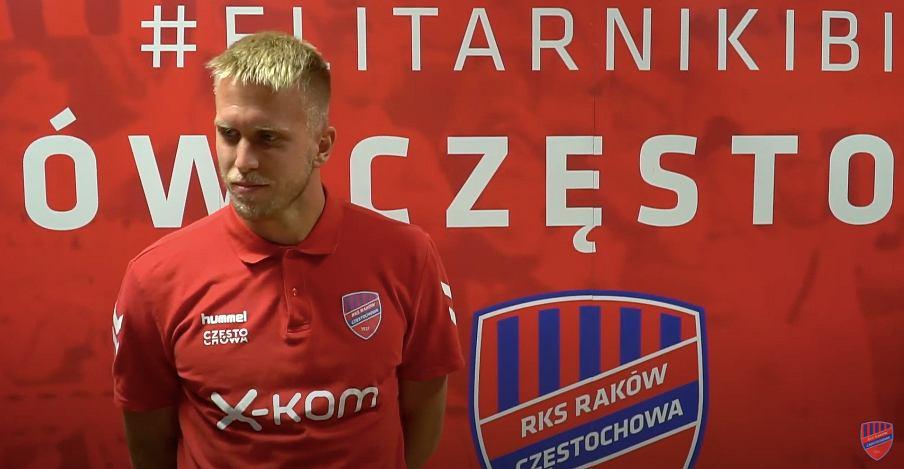 Branislav Pindroch nowy bramkarz Rakowa Częstochowa na sezon 2020/2021. Zdjęcie z pierwszego wywiadu w mediach klubowych. Źródło: YouTube