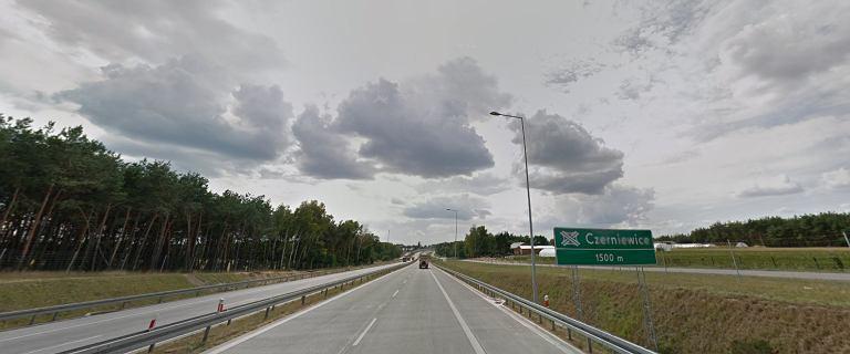 Wypadek na S8 w Czerniewicach. Kierowca jechał pod prąd. Zginął na miejscu