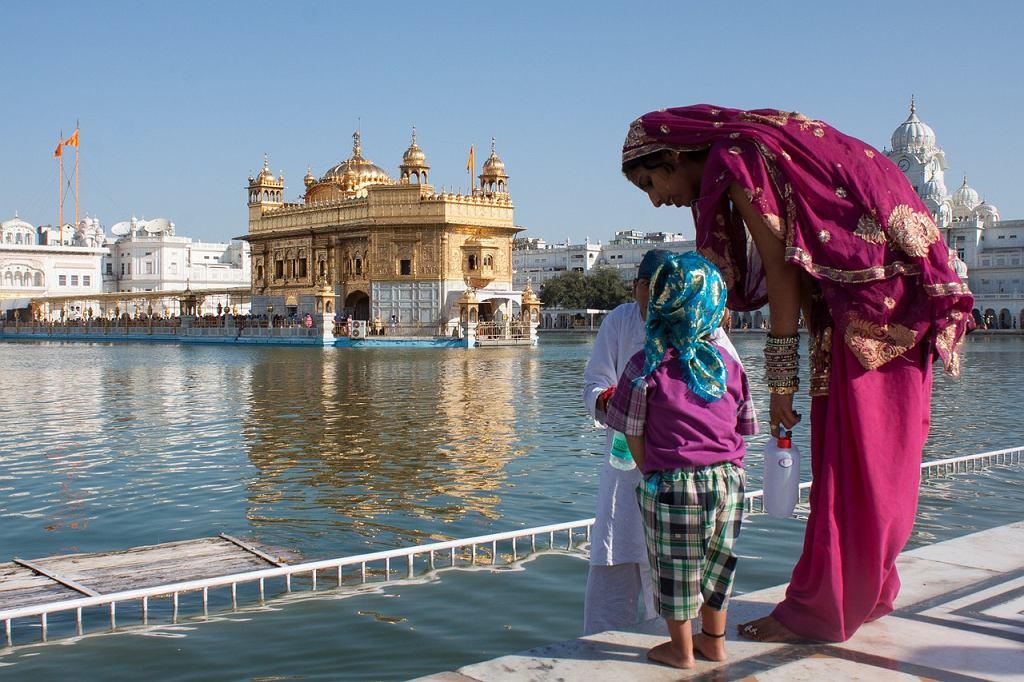 Indie uczą, by nie traktować życia zbyt poważnie
