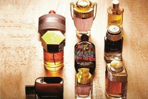 Perfumy o zapachu skóry i przypraw