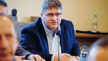 Konferencja  ws . kompleksu energetycznego Gubin - Brody. Janusz jasiński, szef OPZL