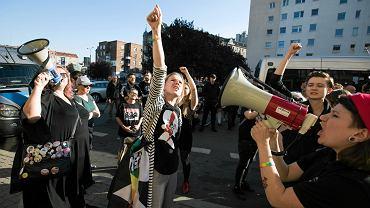 13 października 2018 r. Protest kobiet podczas spotkania ze Stanisławem Michalkiewiczem