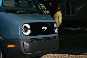 Amazon zamówił 100 tys. elektrycznych vanów ze swoim logo. Pierwszy trafił do firmy [WIDEO]
