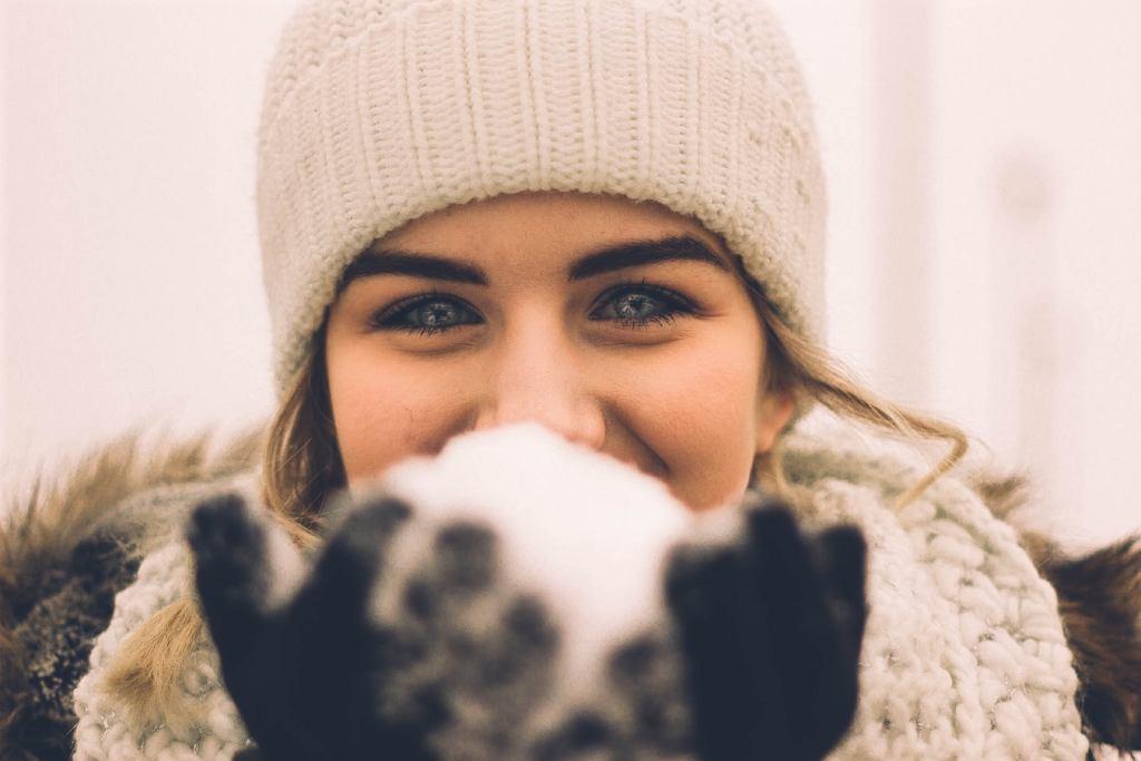Modne czapki zimowe