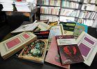 Na języku polskim powinno się omawiać jedynie książki polskich autorów? Nauczycielka: Nić powiązań byłaby niezauważalna