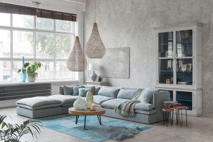 Wnętrze Miloo Home z dominacją niebieskich barw