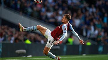 Matty Cash w czołówce Premier League. Obrońca Aston Villi w gronie gwiazd