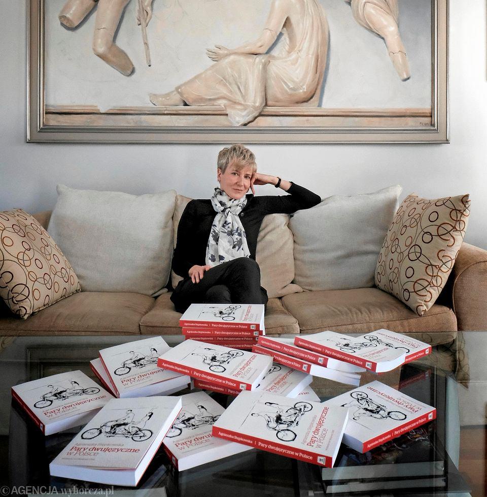 Agnieszka Stępkowska, autorka książki 'Pary dwujęzyczne w Polsce'