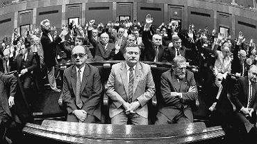 Pierwsze posiedzenie Senatu po wyborach 4 czerwca
