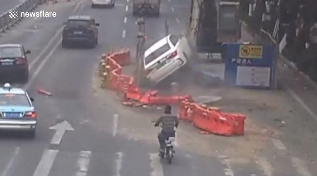 Dziura w ziemi w Chinach