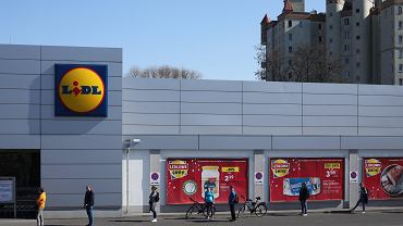 Lidl sprzedaje hitowy mop parowy w super cenie (zdjęcie ilustracyjne)