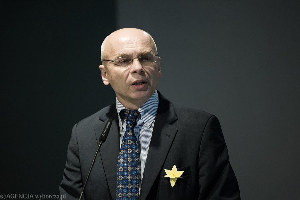 Dariusz Stola w kwietniu 2018 r. na konferencji z okazji 75. rocznicy wybuchu powstania w getcie Warszawskim