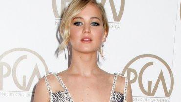 <b>1. Jennifer Lawrence - 52 mln dolarów </b><br/>Lawrence zarobiła swoje miliony dzięki roli Katniss Everdeen w serii filmów 'Igrzyska śmierci', ale także dzięki gaży za komediodramat 'Joy' w którym gra (ponownie) u boku Bradleya Cooper. Ma również lukratywny kontrakt z domem mody Dior.
