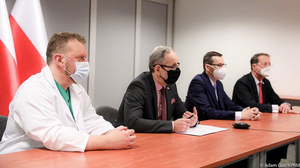 Wideokonferencja rządu i kardiologów