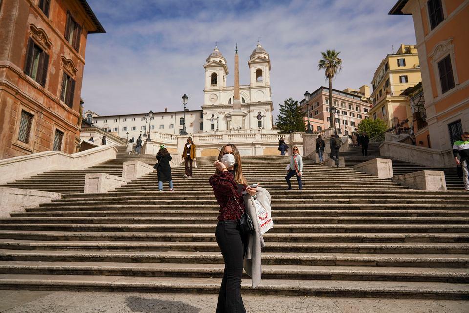 5.05.2020, Rzym, schody hiszpańskie