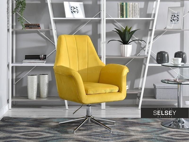 Fotel obrotowy King żółty na obrotowej podstawie.