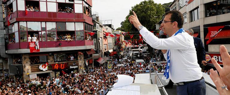 Wybory w Stambule.