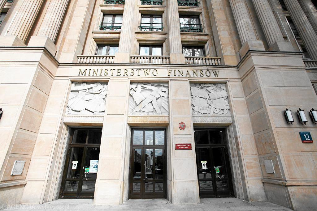 Ministerstwo Finansów przyjęło projekt wyjścia ze stabilizującej reguły wydatkowej na czas epidemii