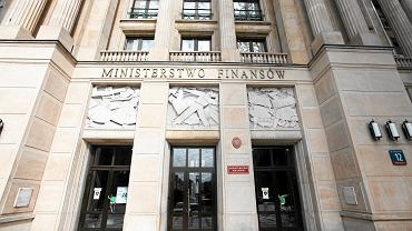 Rząd chce zawieszenia limitu wydatków budżetowych. Minister finansów podaje korzyści