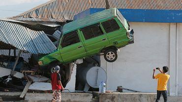 Skutki trzęsienia ziemi i tsunami na Sulawesi