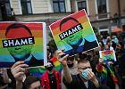 """""""Najobrzydliwsza kampania homofobii i antysemityzmu"""". Reelekcja Dudy rujnuje wizerunek Polski na świecie"""