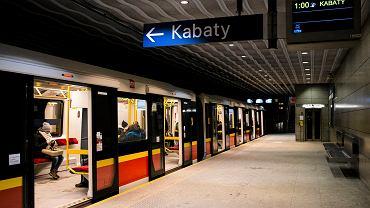 Metro na Bielanach nie jeździło z powodu podejrzanego przedmiotu