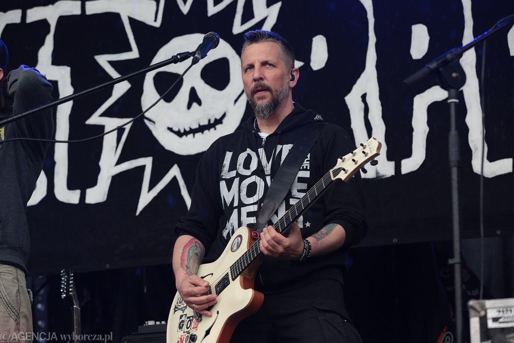 Robert 'Litza' Friedrich podczas koncertu zespołu Luxtorpeda