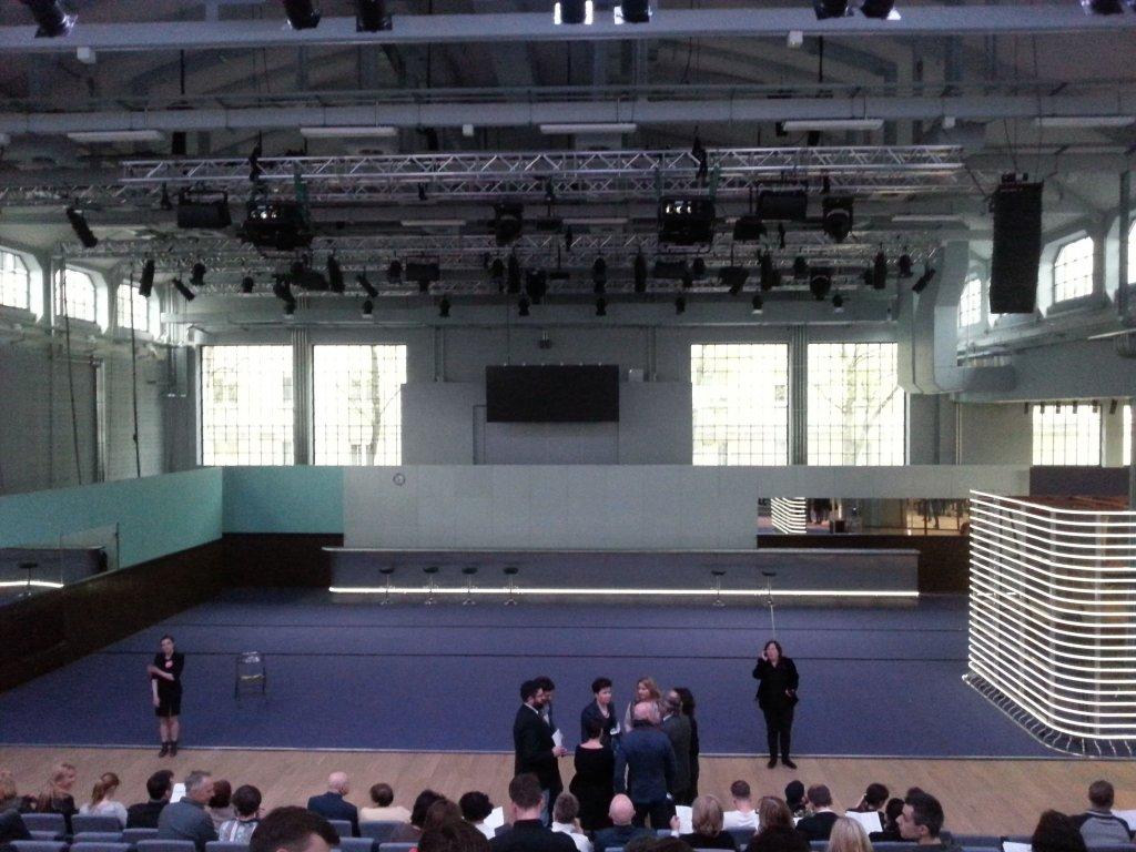 Scena Nowego Teatru tuż przed pierwszym pokazem