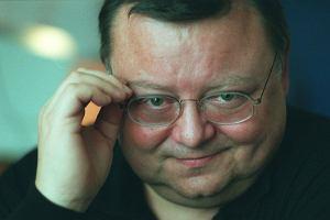 Wojciecha Manna nikomu nie trzeba go przedstawiać! Dzisiaj dziennikarz obchodzi swoje 70-te urodziny. Już od czasów młodości pracował w mediach i dziś jest niemalże ikoną. A do tego nieustannie wzbudza sympatię widzów! Jak Mann podbił nasze serca? Zobaczcie!