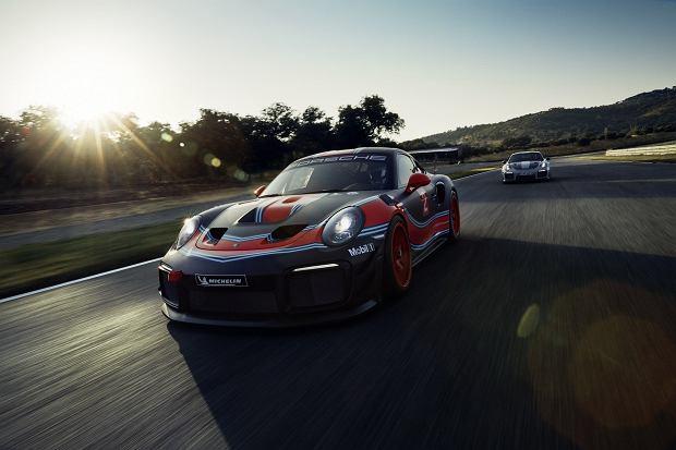 """Porsche 911 GT2 RS Clubsport - """"prawdziwy potwór"""" w Los Angeles"""