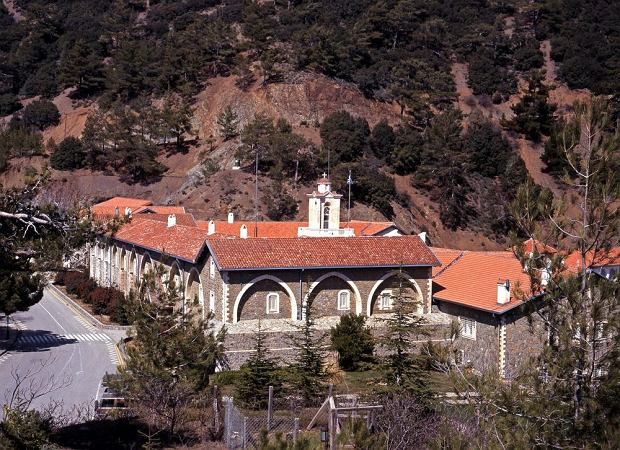 Cypr. Klasztor Kykkos / shutterstock