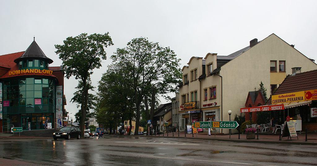 Centralna część Sierakowic (fot. Przykuta / Wikimedia.org / CC BY-SA 3.0)