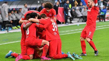 Dwóch piłkarzy wpadło na dopingu przed meczem Ligi Mistrzów. Grają cały czas, a UEFA milczy