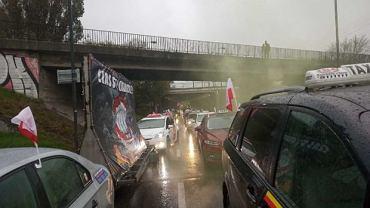 Taksówkarze wspierają protest rolników, który ma zacząć się o 10 w Warszawie
