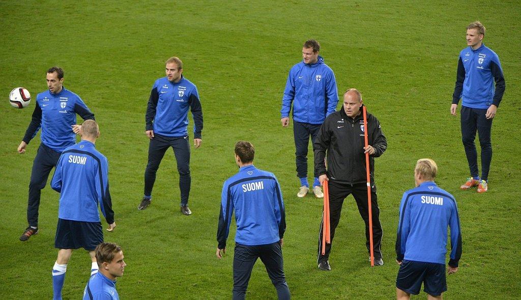 Trening reprezentacji Finlandii przed meczem z Węgrami