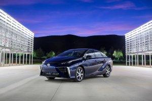Toyota Mirai   Ekstremalnie droga ekologia