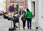 """Wiedeń otwiera ulice dla pieszych i tworzy strefy spotkań. """"Żeby sufit nie spadł nam na głowy"""""""